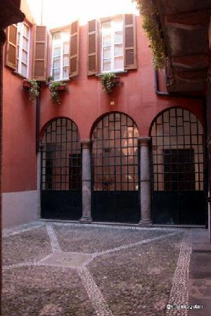 B&B Como AnticoChiostro: Cortile interno