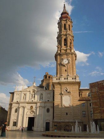 La Seo del Salvador (Zaragoza, Spain): Address, Phone Number, Tickets & T...