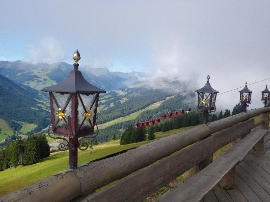Saalbach, : kohlmais cable car