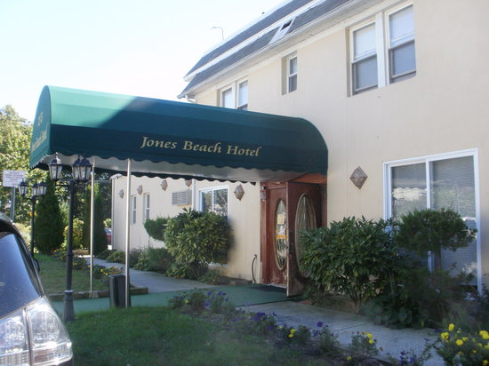 Jones Beach Hotel