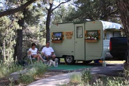 camping accommodation dawsons spring cabins learn more