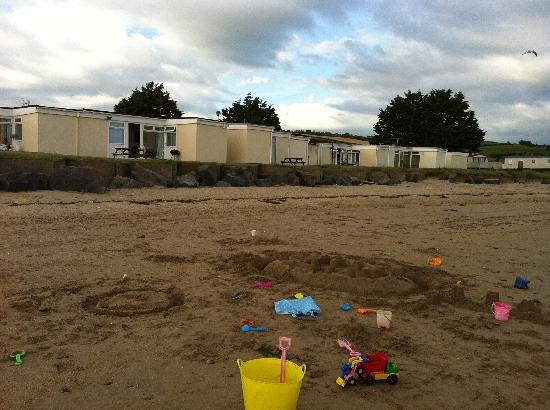 Kidwelly, UK: The beach front chalets