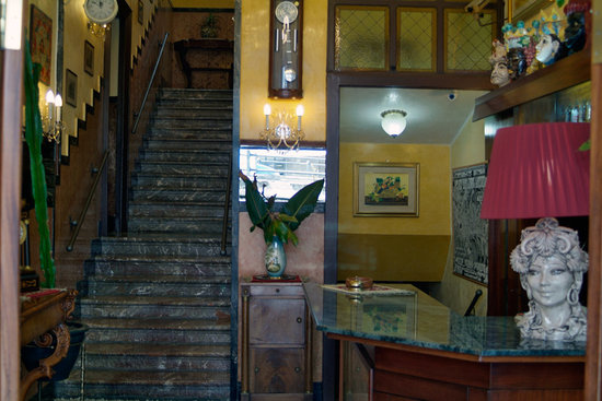 Photo of Hotel Touring Messina