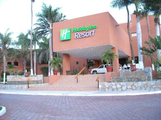 Holiday Inn Resort Los Cabos All-Inclusive: Front of Hotel