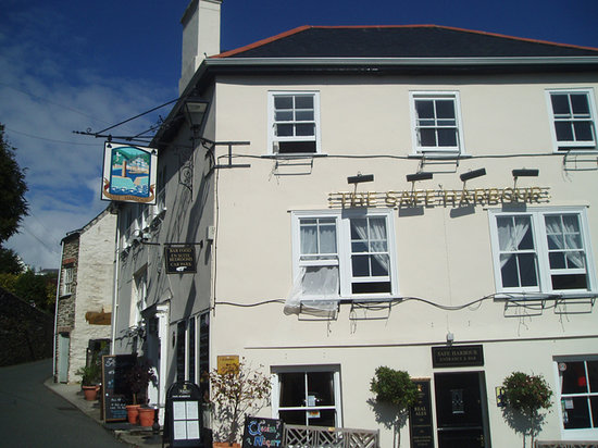 Safe Harbour Hotel