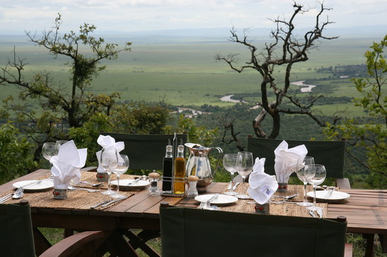 Lunch at Kilima Camp with view over the Mara