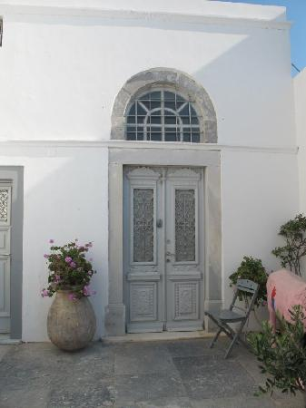 Old Oia Houses: Front door of Captain's House