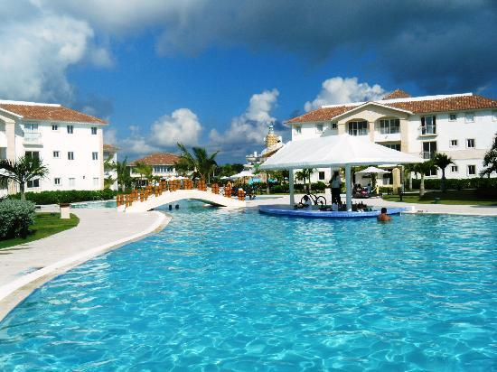 Cadaques Caribe Resort & Villas: pool