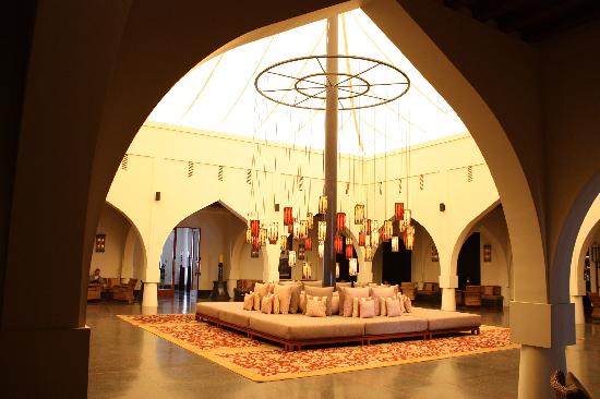 The Chedi Muscat – a GHM hotel: The hotel lobby
