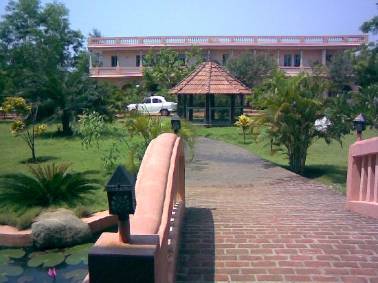 Kailash Beach Resort: ambience