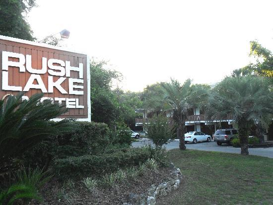 Rush Lake Motel: The motel