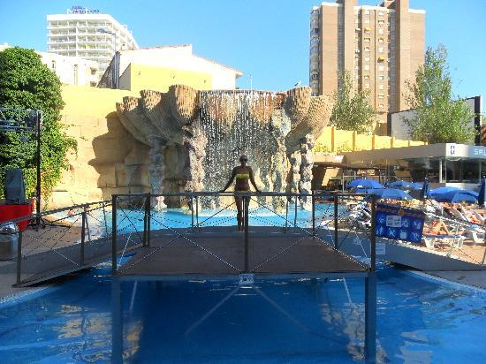 Waterfall pool picture of gran hotel bali benidorm - Hotels in alicante with swimming pool ...