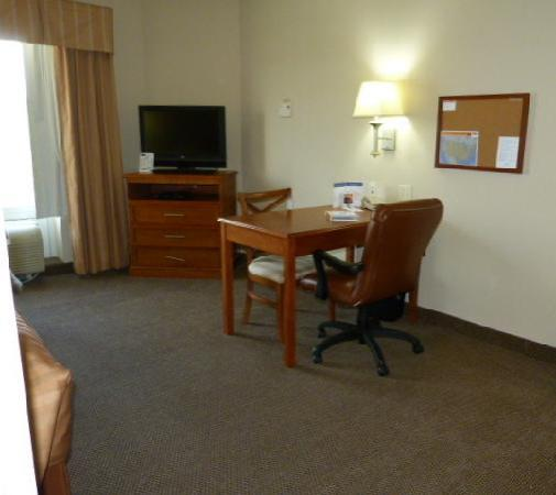 Candlewood Suites-Omaha Airport: Computer Area
