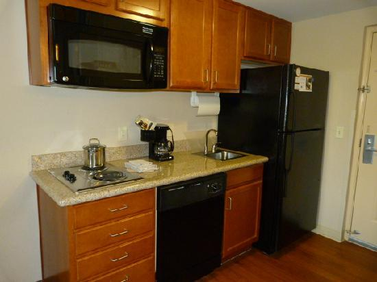 Candlewood Suites-Omaha Airport: Kitcher Close Up