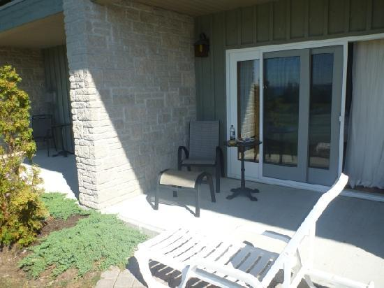 Eganridge Inn and Spa: Rooms 101-106 have private patios