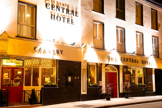 The Central Hotel - Donegal: Central Hotel Donegal Town
