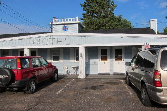 Heritage Court Motel