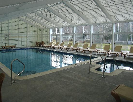 Rivergreen Resort Hotel: Great indoor pool and hot tub!