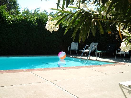 Gate House Inn: Pool