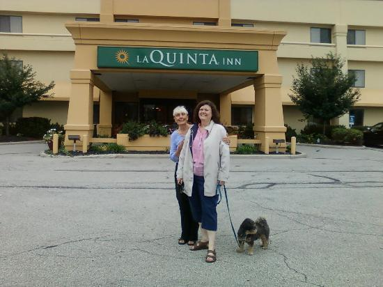 La Quinta Inn Toledo Perrysburg: La Quinta was good to these road trippers