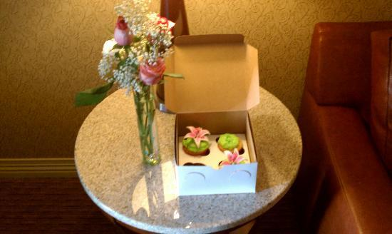 Hilton Phoenix Suites: welcome gift