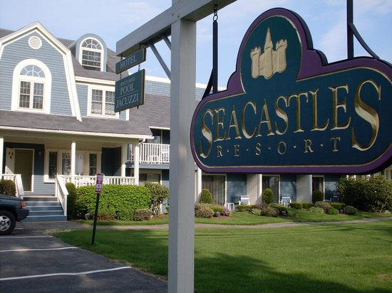 Seacastles Resort Inn and Suites: As good as home!