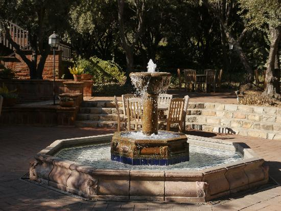 Rancho La Puerta Spa: Dining Hall Fountain
