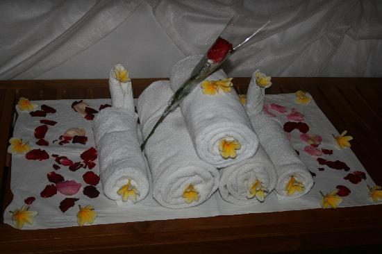 Sekar Nusa Villas: Flowers arrangement
