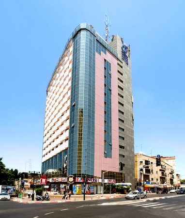 Rimonim Optima Tower Hotel