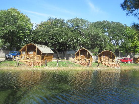 St. Augustine Beach KOA: cabins on lake