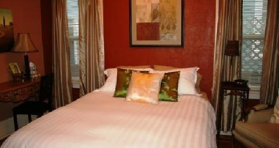 River Lee Executive Bed & Breakfast: The Spring Room