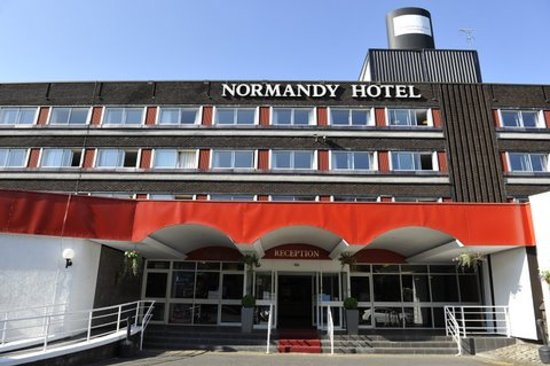 Photo of Normandy Hotel Renfrew