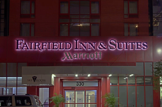Fairfield Inn & Suites by Marriott New York Manhattan / Times Square: Fairfield Inn & Suites Entrance