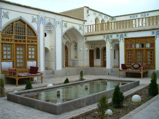 Isfahan Traditional Hotel