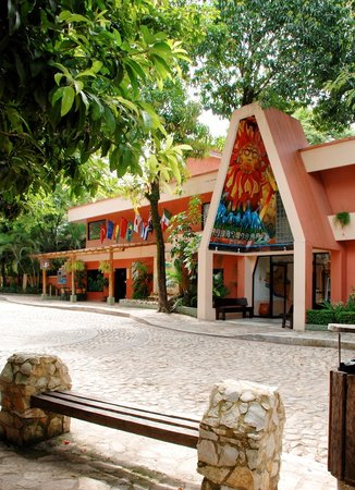 Photo of Hotel Maya Tulipanes Palenque