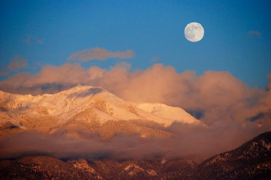 Таос, Нью-Мексико: Rick Haltermann: Mountains, The Taos News Photo Contest Submission