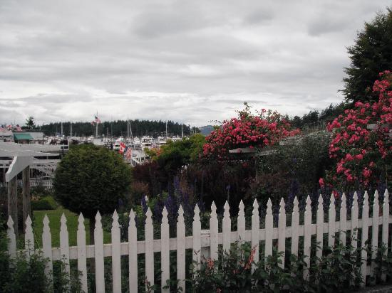 Roche Harbor Resort: main garden