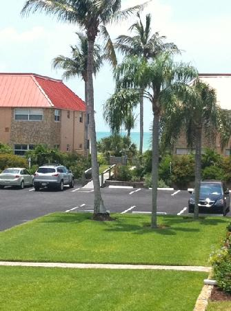 Sanibel Arms Condominiums: View from D6's stairwell...