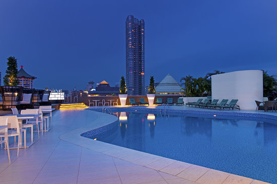 Hilton Singapore: Rooftop Pool