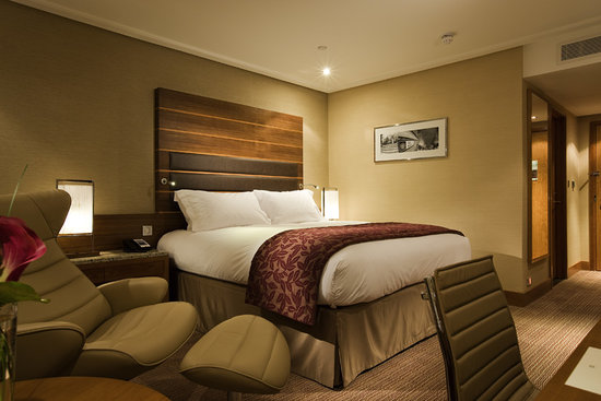 Sofitel London Heathrow: Heathrow airport hotel accommodation