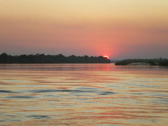 Protea Hotel Zambezi River Lodge: Sunset at Protea River Lodge - Katima