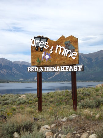 ‪Ores and Mine Bed & Breakfast‬
