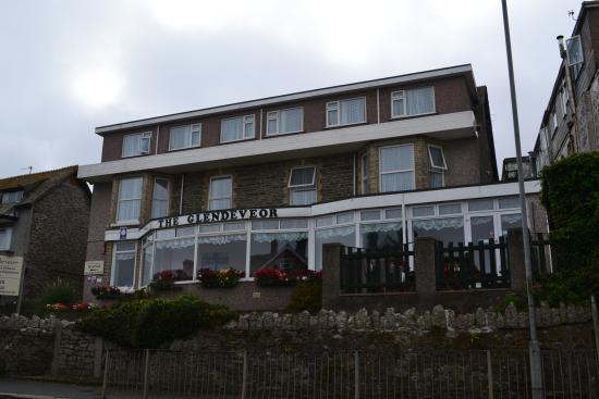 Glendeveor Hotel: The Hotel