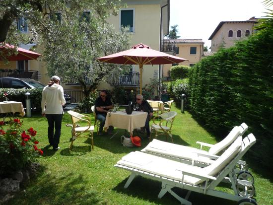 Photo of Hotel Villa Cansignorio Lazise