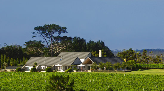 ‪Takatu Lodge & Vineyard‬