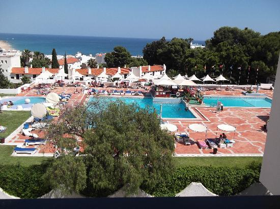 301 moved permanently for Albufeira jardin