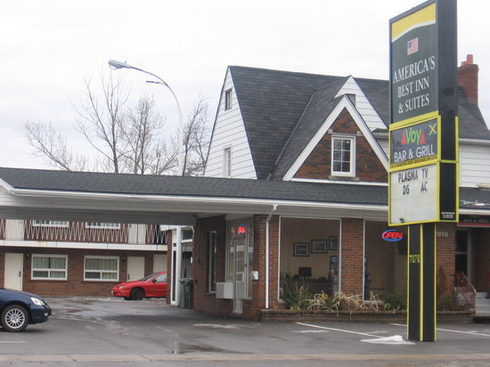 Photo of Americas Best Inn & Suites Niagara Falls