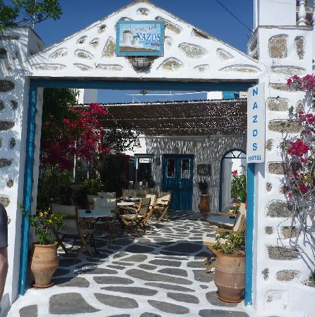 Nazos Hotel: Entrance