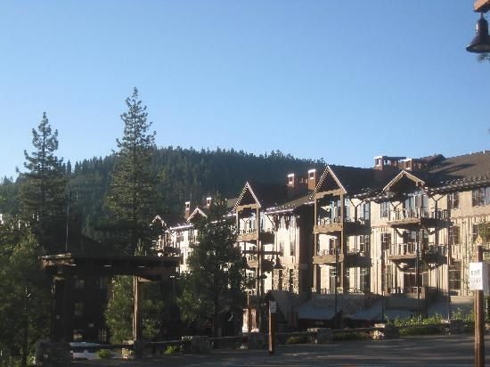 Tahoe Mountain Resort Lodging Iron Horse Lodge: iron horse lodge