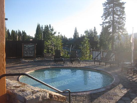 Tahoe Mountain Resort Lodging Iron Horse Lodge: one of the pools